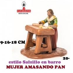 Figuras Belen Estilo Salzillo en barro Grupos-20-MUJER AMASANDO PAN 9-16-18 CM