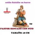 Figuras Belen Estilo Salzillo en barro Grupos-23-PASTOR SENTADO CON PITO 18 CM