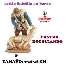 Figuras Belen Estilo Salzillo en barro Grupos- PASTOR manipulando CORDERO 9-16-18 CM.